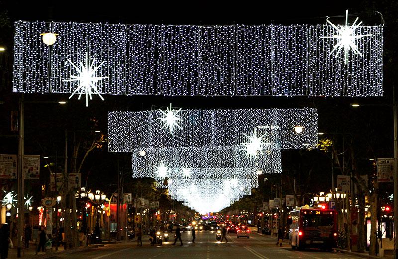 navidad-en-barcelona-luces