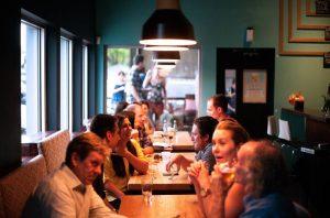 Los 5 sitios más originales para celebrar cenas de empresa en Barcelona